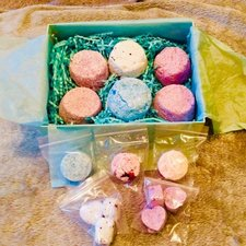 Bath Bombs & Bath Fizz